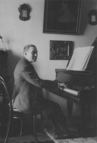 Joaquín Turina 26
